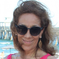 Olga, 58 from Pompano Beach, FL