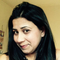 Rukhsana, 36 from Manchester, GB