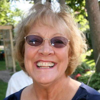 Mary-1048448, 65 from Fenton, MI