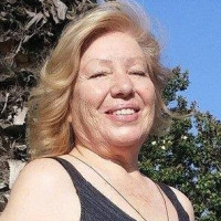 Gloria, 72 from Redlands, CA
