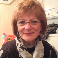 Donna, 66 from Somerville, MA
