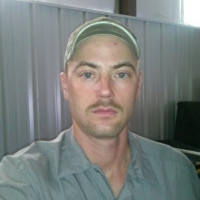 Mark C, 30 from Dodge City, KS