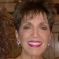 Linda-1243972, 66 from Woonsocket, RI