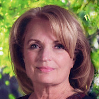 Julie, 70 from Los Angeles, CA