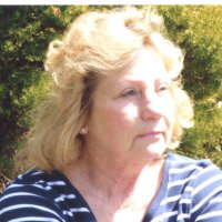 Lynda, 66 from Temperance, MI