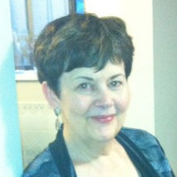 Sue, 68 from Medicine Hat, AB, CA