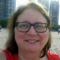 Tracy, 57 from Chicago, IL