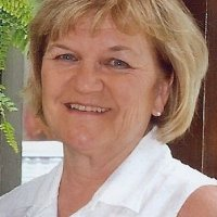 Diane, 69 from Germantown, TN
