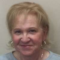 Joanne, 66 from Lynnfield, MA