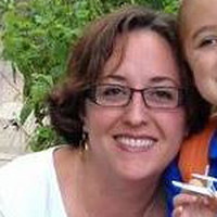 Julia, 38 from Waunakee, WI