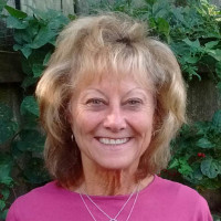 Sue, 63 from Chagrin Falls, OH