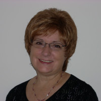 Karen-1127250, 68 from Glenview, IL