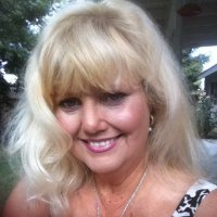 Stephenie, 59 from Bakersfield, CA