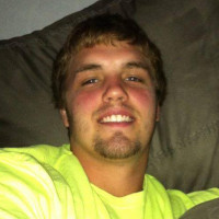 Matthew-1076418, 23 from Peoria, IL