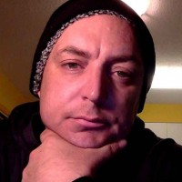 Luke, 40 from Victoria, BC, CA