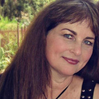 Diane-620877, 60 from Santa Cruz, CA