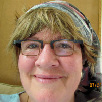 Margaret, 58 from Brookfield, NS, CA