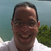 Omar, 42 from Carolina, PR