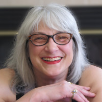 Elena, 58 from Green Bay, WI