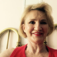 Eileen, 64 from New York, NY