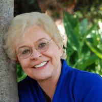 Theresa, 78 from Thousand Oaks, CA