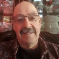 Ron, 67 from Clinton Township, MI