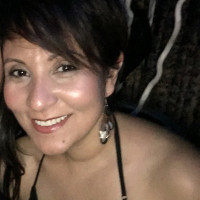 Maria, 43 from Whitby, ON, CA