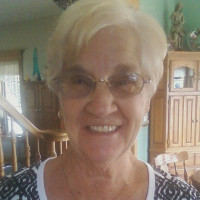 Alice, 78 from Grand Ledge, MI