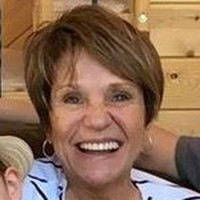 Barbara, 67 from Hartford, SD
