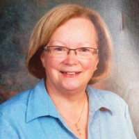Linda, 64 from Otterburn Park, QC, CA