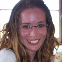 Lindsay, 34 from Halifax, NS, CA