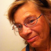 Jane E, 69 from Madison, WI