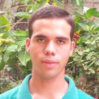 Roberto-1174483, 26 from Glasgow, GBR
