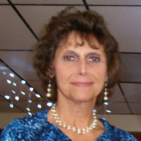 Roberta-1114887, 60 from Muskegon, MI