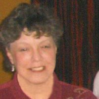 Laura, 71 from Elburn, IL