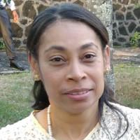 Paula, 42 from Dartford, GB