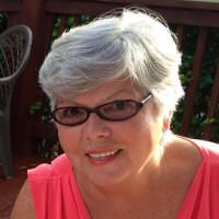 Marilyn, 72 from Brookfield, IL