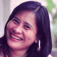 Luisa, 40 from Manila, PH