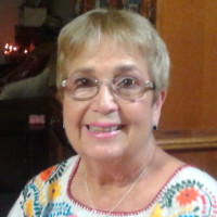 Linda, 75 from Laredo, TX