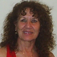 Lisa, 61 from Elmwood Park, IL