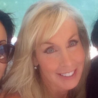 Kim, 58 from Corona Del Mar, CA
