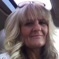 Liz, 47 from Howell, MI