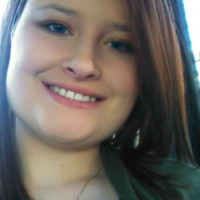 Elizabeth, 25 from Tallmadge, OH