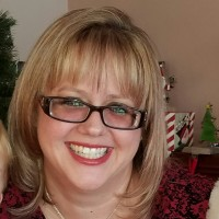Donna, 44 from Riverview, MI