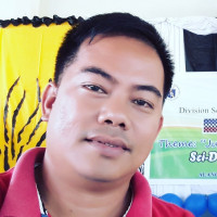 Ricky, 36 from Tacloban City, PH