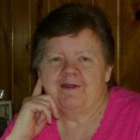 Linda, 66 from Harrison, MI