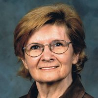 Anne, 72 from Nanaimo, CA