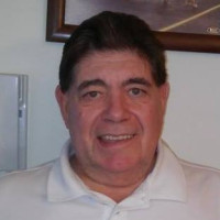 Tom, 59 from Portsmouth, NH