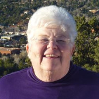 Carol, 72 from New River, AZ