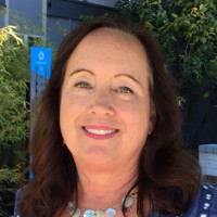 Victoria, 60 from San Mateo, CA